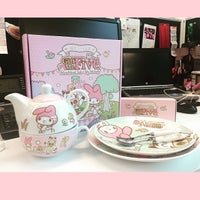 Photo taken at Mou Mou Club 牛涮鍋 by Alice C. on 8/24/2015