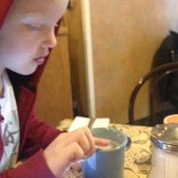 Foto tirada no(a) Trolley House por Lori B. em 12/2/2012