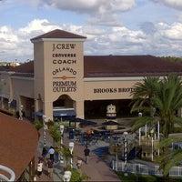 Photo taken at Orlando Vineland Premium Outlets by Matt T. on 12/8/2012