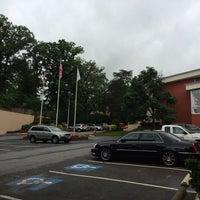 Photo taken at Howard Johnson Inn Cheverly Washington by Alessandro S. on 6/5/2014