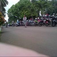 Photo taken at Institut Pemerintahan Dalam Negeri (IPDN) by Fajar R. on 2/22/2013