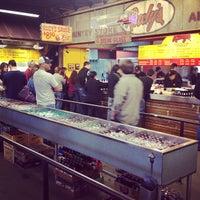 Photo prise au Rudy's Country Store & Bar-B-Q par Ed S. le3/11/2013