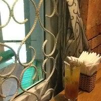 Снимок сделан в Moka Café пользователем Bobby B. 10/20/2012