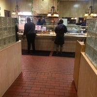11/28/2013 tarihinde Matt C.ziyaretçi tarafından Alfredo's'de çekilen fotoğraf