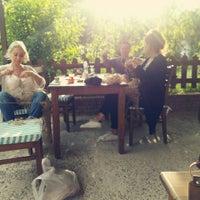 6/14/2016 tarihinde Jülide A.ziyaretçi tarafından Giritimu Meyhane'de çekilen fotoğraf