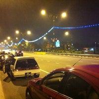 Photo taken at Pantai Lido by yUm_rOSsi4️⃣6️⃣🇮🇹 on 12/1/2012