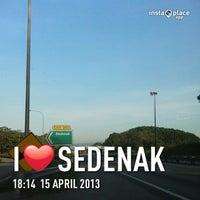 Photo taken at • lokasi Statik@sek 5 Km42 • by yUm_rOSsi4️⃣6️⃣🇮🇹 on 4/15/2013