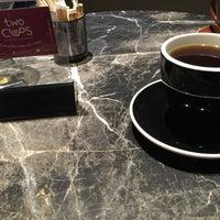 รูปภาพถ่ายที่ Two Cups Coffee โดย Onur H. เมื่อ 1/9/2015