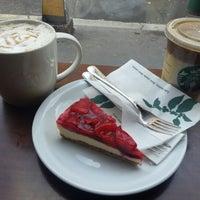 Photo taken at Starbucks by Brigi D. on 11/2/2012