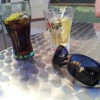 Photo taken at Bar Fronton by Ka0nashi 🎀 Vero on 8/13/2014