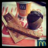Photo taken at McDonald's by Ka0nashi 🎀 Vero on 3/6/2013