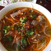 Photo taken at Pho Bay by Miss Â. on 11/15/2014