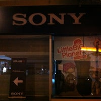 Photo taken at Sony Store by Noe D. on 3/9/2013