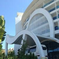 Das Foto wurde bei Q Premium Resort Hotel Alanya von Sofi I. am 8/4/2013 aufgenommen