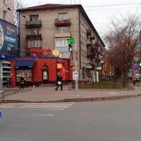 Photo taken at Остановка развозки ТД Эра by Максим А. on 10/17/2013