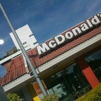 Foto tirada no(a) McDonald's por Thiago S. em 1/9/2013