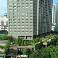 Photo taken at Makati Shangri-La by Jason B. on 7/13/2013