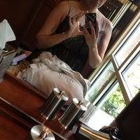 Снимок сделан в The Trellis Spa - The Houstonian Hotel пользователем Raquel P. 6/13/2013