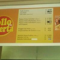 12/15/2012에 Carito T.님이 Pollo a la Puerta에서 찍은 사진