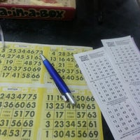 Photo taken at Bingo Dinero by Yvi F. on 4/8/2013