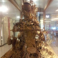 Photo taken at Maninarakorn Hotel by Dsch$ D. on 11/15/2012