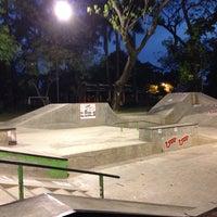 Foto tirada no(a) Greenpark Skatepark por Mario J. em 7/19/2014