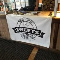 Photo taken at Sweet's Island Restaurant by Jen W. on 2/5/2018