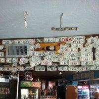 Shipwrecks bar grill photos reviews key largo fl for 305 salon tavernier