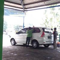 Photo taken at Victory Car Wash & Polish by Kahfy Y. on 7/17/2013