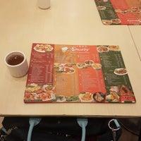 Foto tomada en Sincerity Café & Restaurant por Paula Lou L. el 10/10/2017