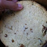 Foto tomada en Firehook Bakery por Damron C. el 11/30/2012