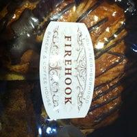 11/3/2012 tarihinde Damron C.ziyaretçi tarafından Firehook Bakery'de çekilen fotoğraf