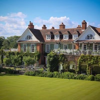 Photo taken at Chewton Glen Hotel & Spa by Marion B. on 6/6/2014