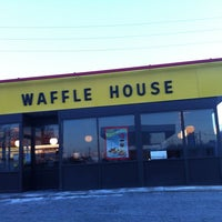 Photo taken at Waffle House by AJ Productions on 1/30/2014