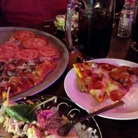 Photo taken at Stark Street Pizza by Brian Diva Cox on 5/26/2014