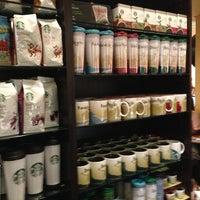2/25/2013 tarihinde Paulo Rogério H.ziyaretçi tarafından Starbucks'de çekilen fotoğraf