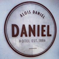 Das Foto wurde bei Hotel Daniel von Bryan M. am 10/4/2012 aufgenommen