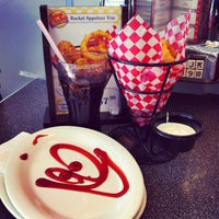 Photo taken at Johnny Rockets by Sabreen K. on 3/31/2013