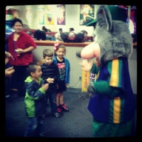 Photo taken at Chuck E. Cheese's by Veronica on 11/26/2012