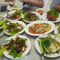 Photo taken at Larb Ped Chai Nat by NgomNgim j. on 6/12/2013