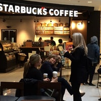 Das Foto wurde bei Starbucks von Igor K. am 5/2/2014 aufgenommen