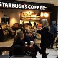 Foto diambil di Starbucks oleh Igor K. pada 5/2/2014