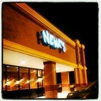 Photo taken at Newk's Express Cafe by Martrell M. on 8/15/2012