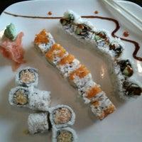 Снимок сделан в Kyoto Japanese Restaurant пользователем Jennifer S. 9/20/2011