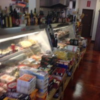 6/10/2014 tarihinde Melissa C.ziyaretçi tarafından European Gourmet'de çekilen fotoğraf