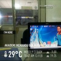 Photo taken at Akademi Memandu Gua Musang by Iskandar Bakri on 2/13/2013