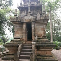 Photo taken at Candi Cangkuang by Harley B. on 2/13/2016