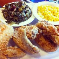 Photo taken at Southern Kitchen by Michelle L. on 5/12/2013