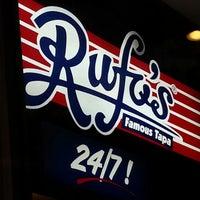 Foto tomada en Rufo's Famous Tapa por John Alexander S. el 1/24/2013