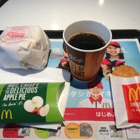 Photo taken at McDonald's by 真打 on 1/10/2013